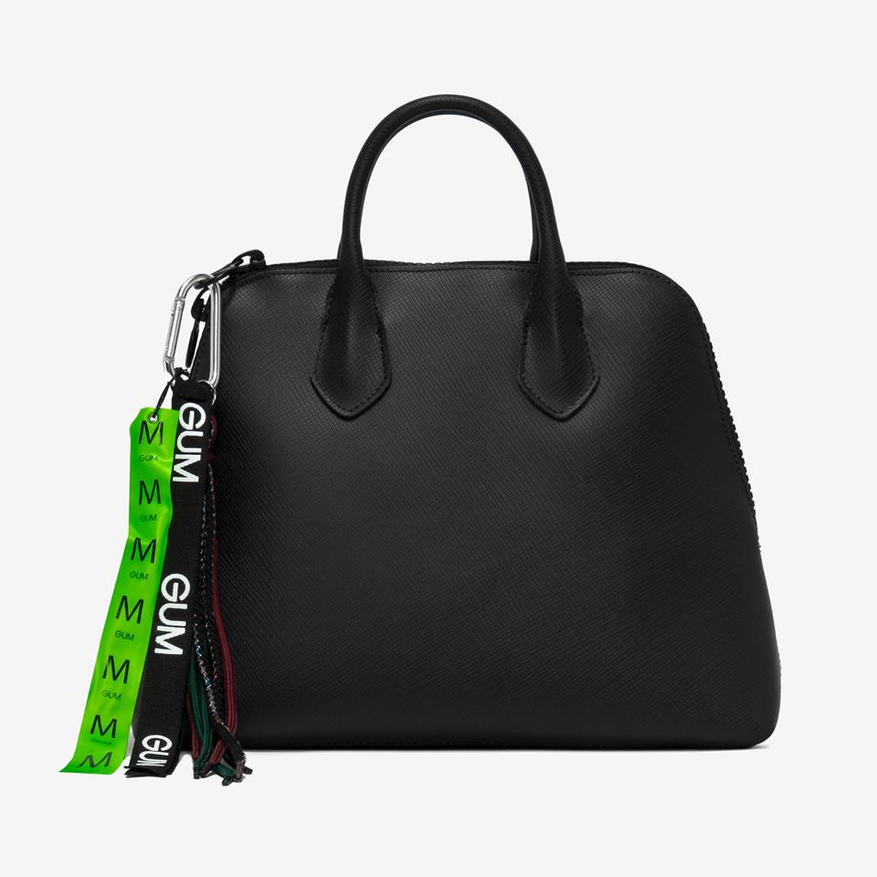 GUM: MEDIUM SIZE SPORTING HAND BAG