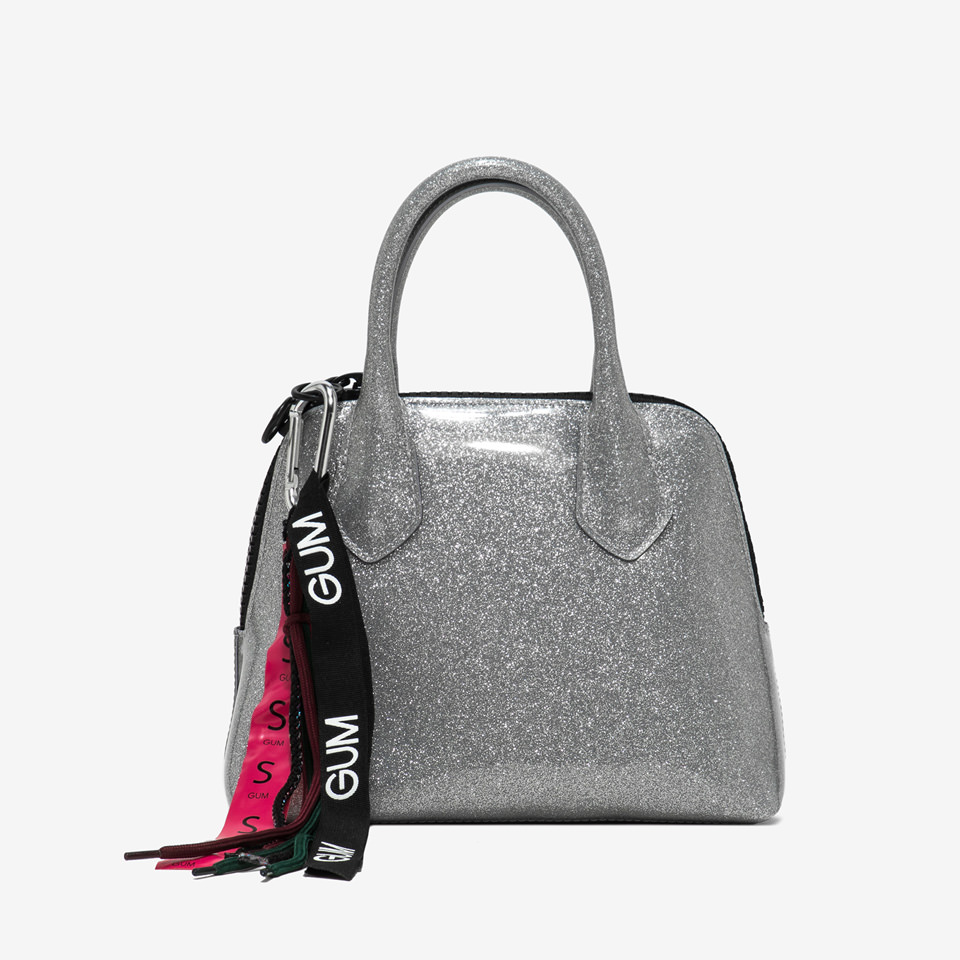GUM: SMALL SPORTING HAND BAG