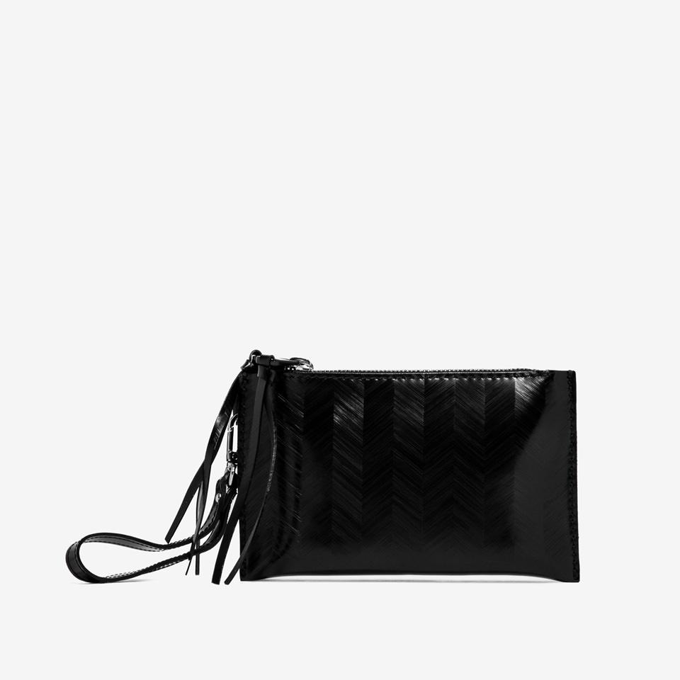 GUM: SMALL SPIKE CLUTCH BAG
