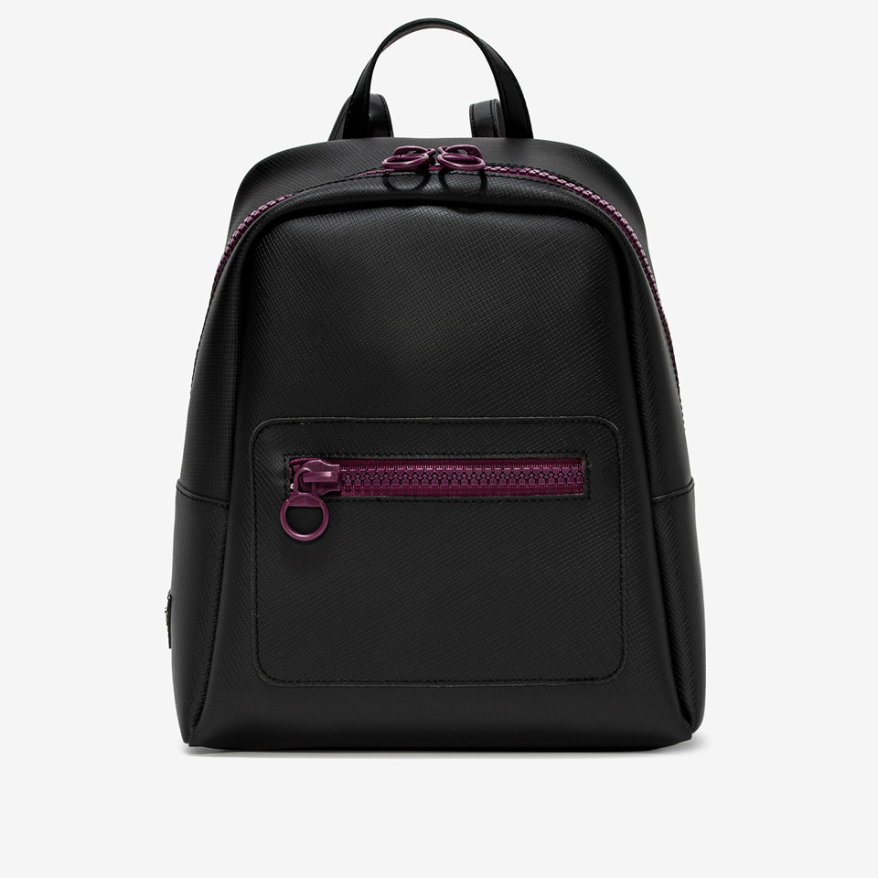 GUM:  LARGE SPORTING BACKPACK