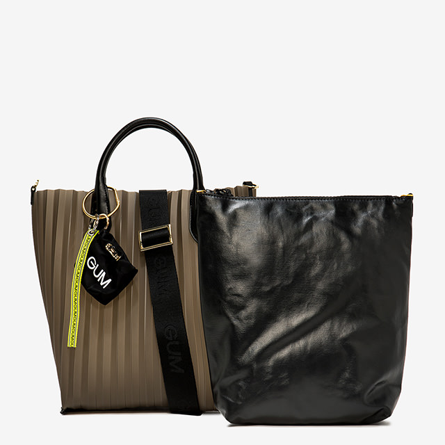 GUM: MEDIUM SIZE PLISSE HAND BAG