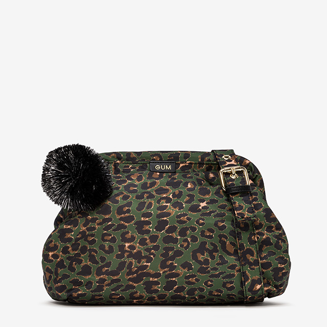 GUM CLUTCH PUFF MEDIUM