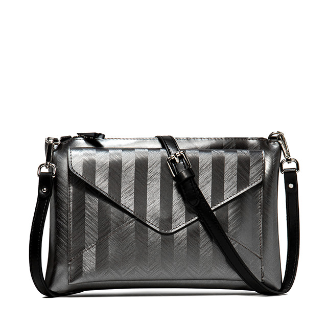 GUM: HERRINGBONE PRINT MAXI CLUTCH BAG