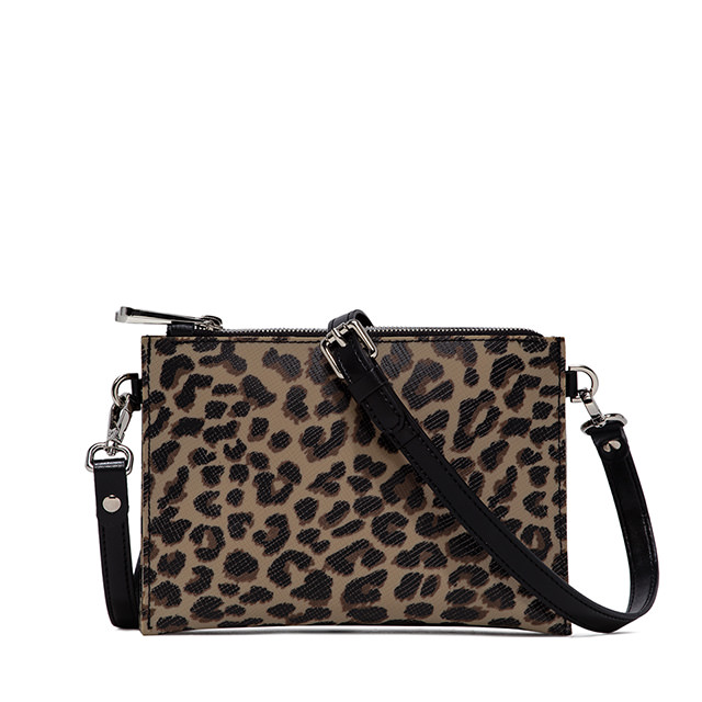 GUM THREE BAG CROSSBODY BAG
